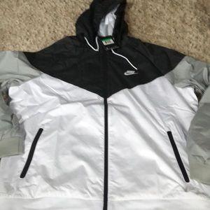 LAST ONE! NWT NIKE Black/white/gray zip up hoodie